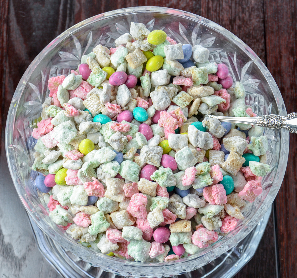 Easter Muddy Buddies (aka: Puppy Chow). Classic peanut butter and chocolate treat with a little twist for Easter. Easy, delicious.
