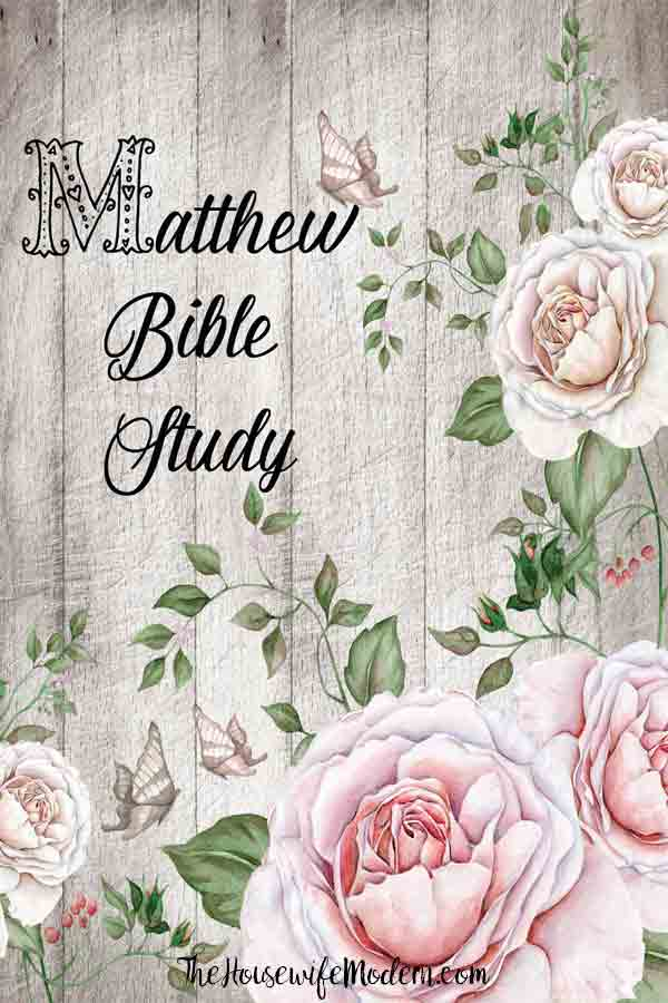 Book of Matthew Bible Study. Free! Choose between 8-day e-mail course or just download the entire thing! #bible #matthew #biblestudy